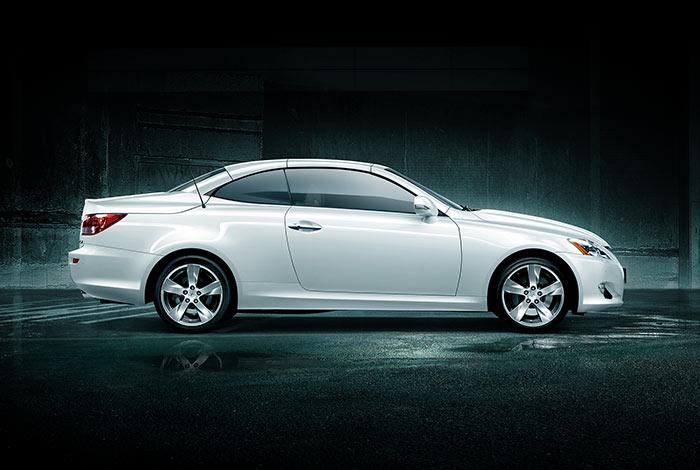 Lexus – IS250C