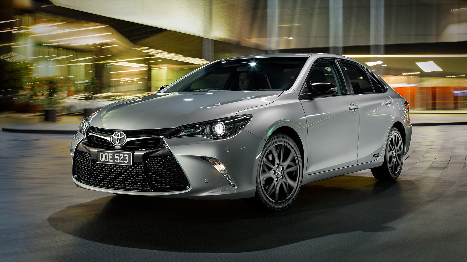 Camry-RZ-Front_1920x1080