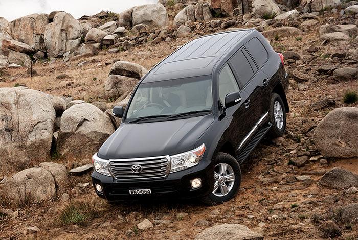 Toyota – LC200